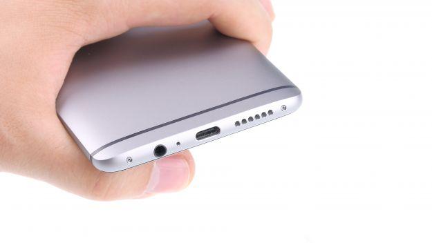 Guide de réparation de la batterie OnePlus 3